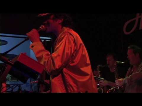 "Galen Green's Tiny Weapon's ""Dirty Bomb"" Live @ th..."