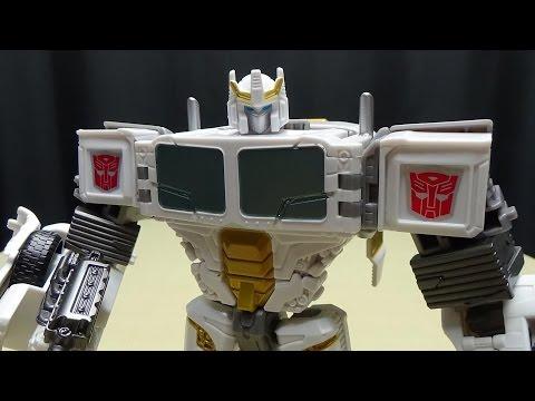 Generations Combiner Wars Voyager BATTLE CORE OPTIMUS PRIME: EmGo's Transformers Reviews N' Stuff