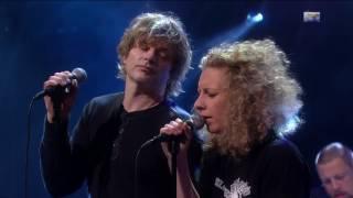 DumDum Boys & Tuva Syvertsen - Stjernesludd (Live NRK Lindmo 2013)