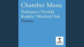 Serenade for String Trio: IV. Tema con variazioni (Andante con moto)