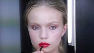 How to do a easy red lip Thumbnail