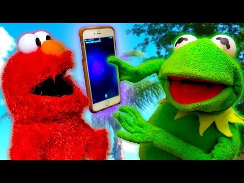 Siri REJECTS Kermit the Frog and Elmo!