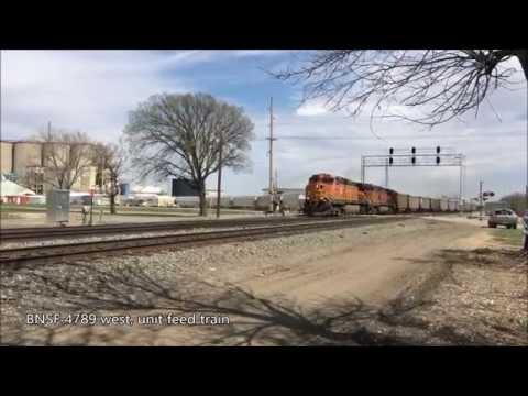 2015-03-29 BNSF Trains at Emporia KS