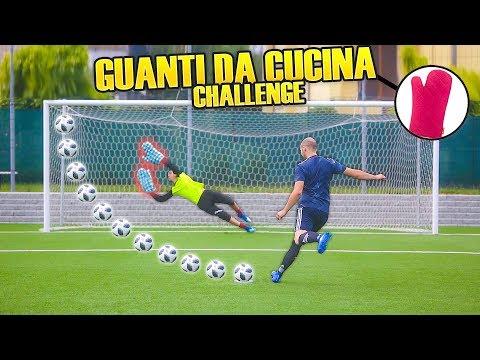 I2bomber VS COURTOIS - Parare Con I GUANTI da CUCINA | Penalty CHALLENGE