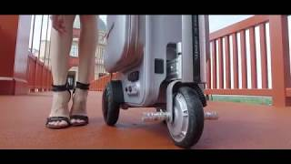 Airwheel SE3 Smart tech luggage(suitcase,valise électrique,Elektrischer Koffer,Valigia di guida)!