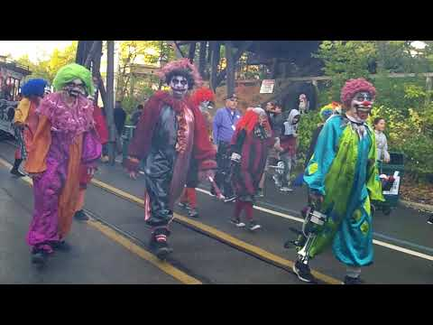 Uprising Parade (9/29) - Six Flags Great America Fright Fest 2017