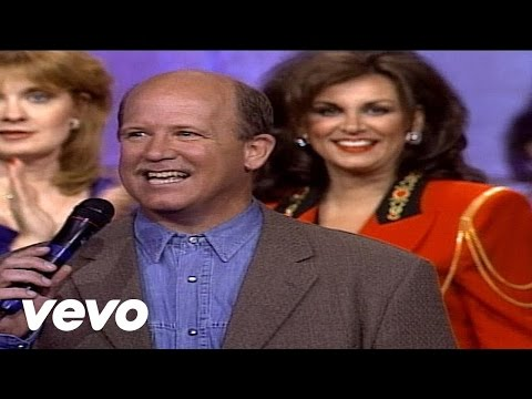 Bill & Gloria Gaither - Look What The Lord Has Done [Live]