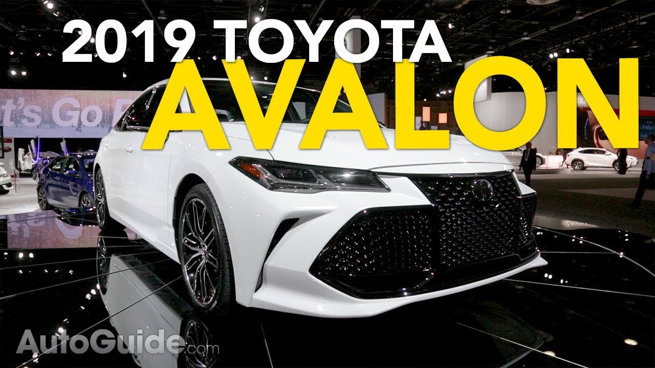 2019 Toyota Avalon Debuts: 5 Things You Need to Know - 2018 Detroit Auto Show - Dauer: 3 Minuten, 27 Sekunden