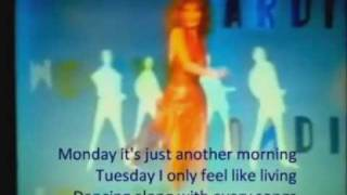 DALIDA - Laissez-moi danser! (version orginale) PAROLES EN TEMPS UTILE.wmv