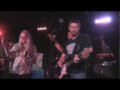 Donna Jean Godchaux Band (w/Mark Karan & Mike Mizwinski) - Bertha