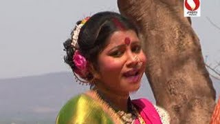 Soad Hari Padar Bharlay...(Marathi Koligeet Ekveera Aai Song New 2013)