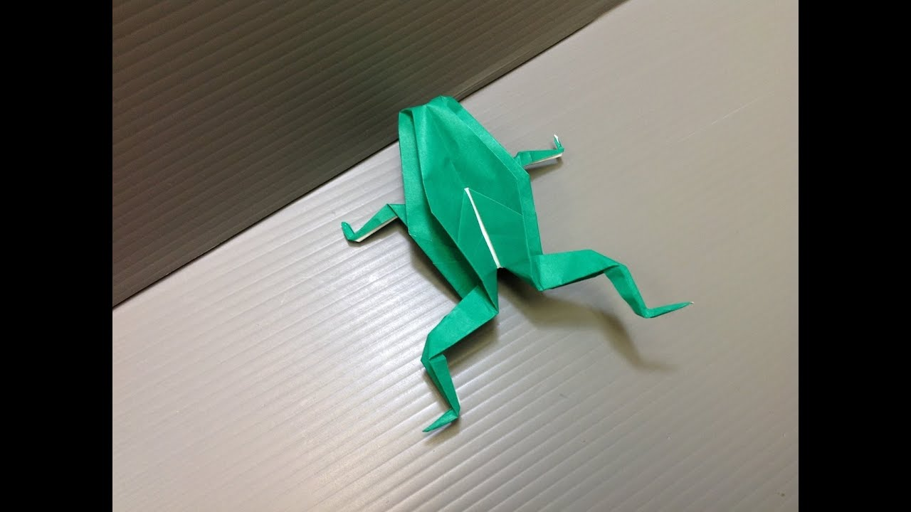 How to make an origami-frog made of paper. Lesson and photos are free