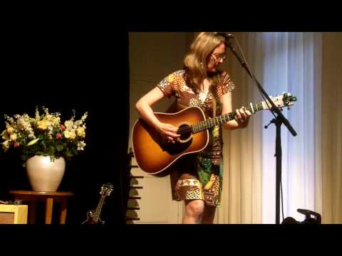 """Suzanne Jarvie """"Love Is Now"""" @ Parelsessies Utrecht 11-5-2015 Mp3"""