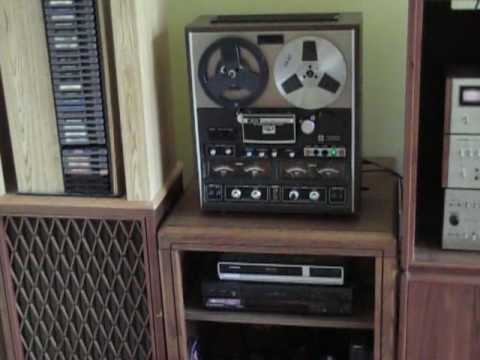 Kicking It Old School With A Vintage Stereo System