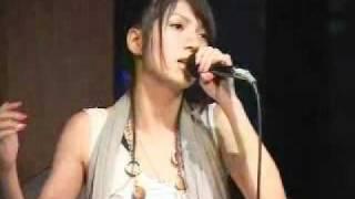 2007年6月29日代々木CURE Mにて。小田あさ美初のアコースティックライブ。