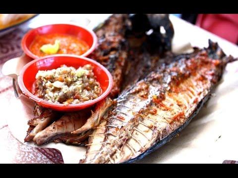 ikan-bakar-serangan---fish-food-barbeque---culinary-of-bali-indonesia---wisata-kuliner-[hd]