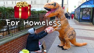T-Rex Spreads Cheer- Presents To Homeless!
