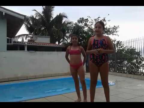 Ana e amigas :desafio da piscina
