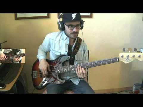 Pharrell Williams - Happy - Bass cover by Roberto De Rosa