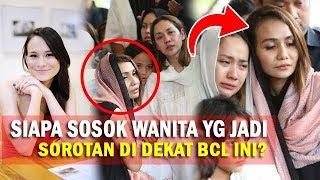 Tak Banyak yg Tahu, Sosok Wanita Cantik yg Berdekatan Dgn BCL Ini Ternyata...