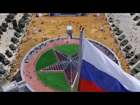 Армия-2015 российская военная машина показала свою мощь