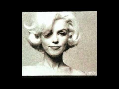 Marilyn Monroe - The Dom Perignon Sitting 1962 RARE  ( Bert Stern )