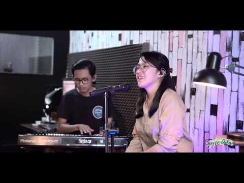 Hati Yang Luka - Betharia Sonatha (Live Cover by Bryce Adam)