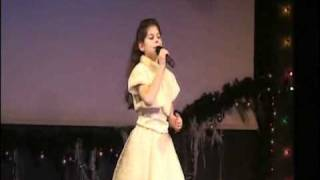 Песенка о снежинке поет Анна Юдельсон - 9 лет