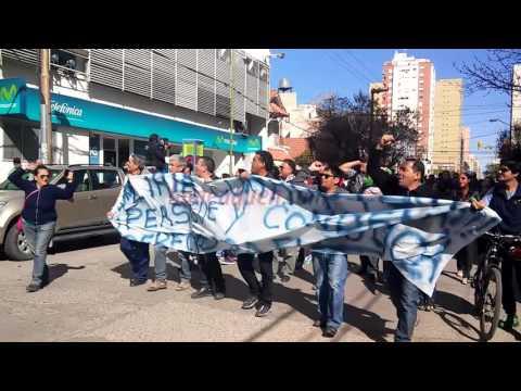 Marcharon por el centro en apoyo a los policías