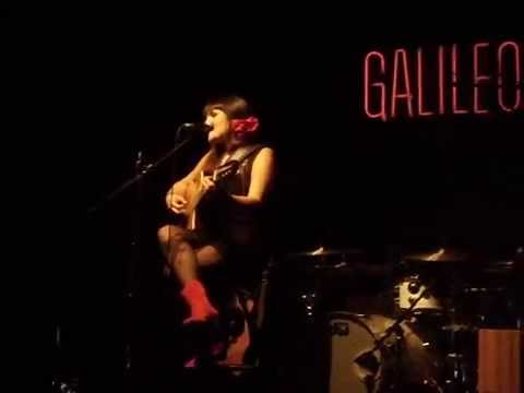Rozalén -  Llorona  (Sala Galileo, 05/10/12)