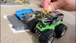 World's Largest DIY Monster Jam Arena for Toy Hot Wheels Monster Trucks : Preview 2