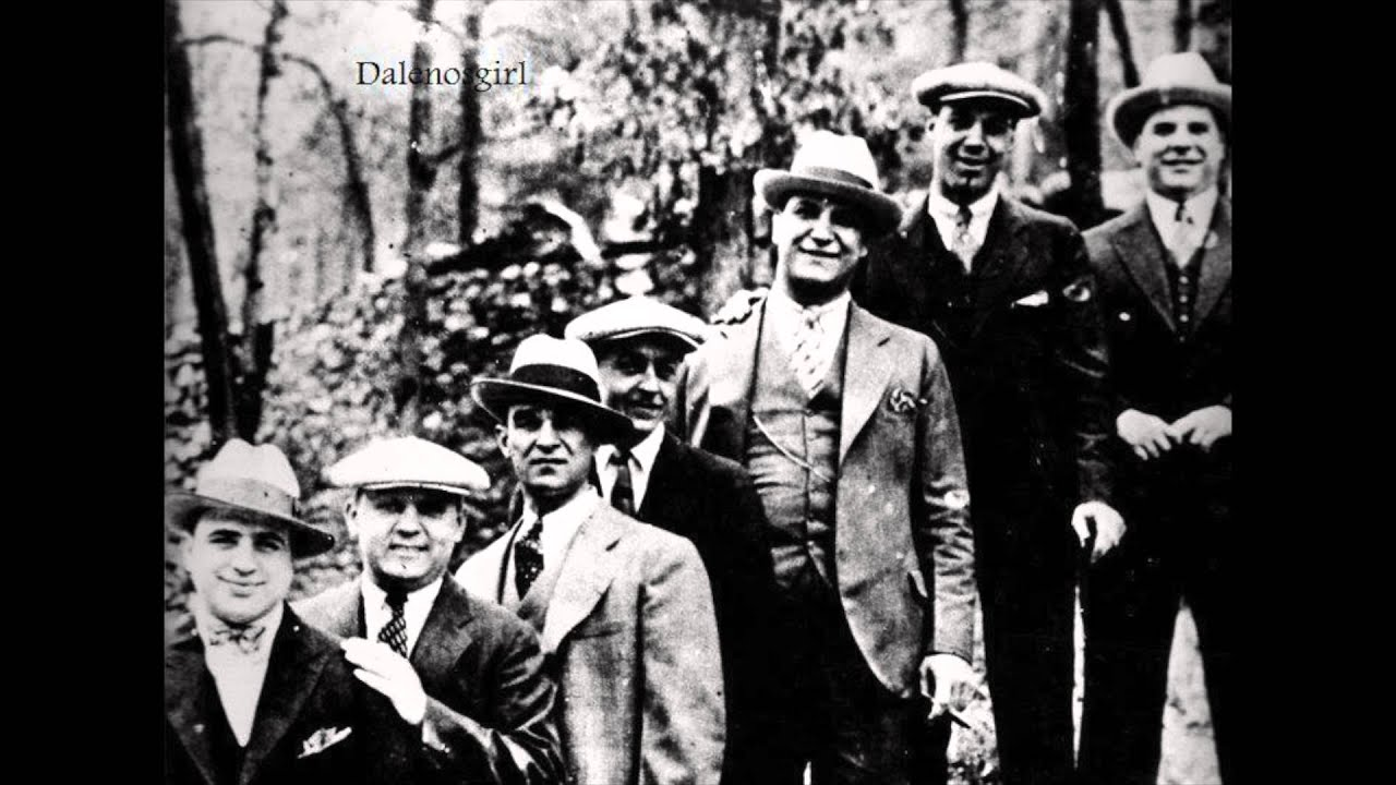 how al capone s empire grew Al capone, byname of alphonse capone, also called scarface, (born january 17, 1899, brooklyn, new york, us—died january 25, 1947, palm island, florida), the most famous american gangster, who dominated organized crime in chicago from 1925 to 1931.