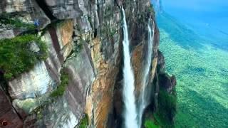 Самый высокий водопад в мире: взгляд с дрона