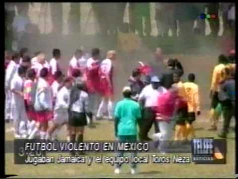 incidente toros neza jamaica 02 from YouTube · Duration:  1 minutes 15 seconds