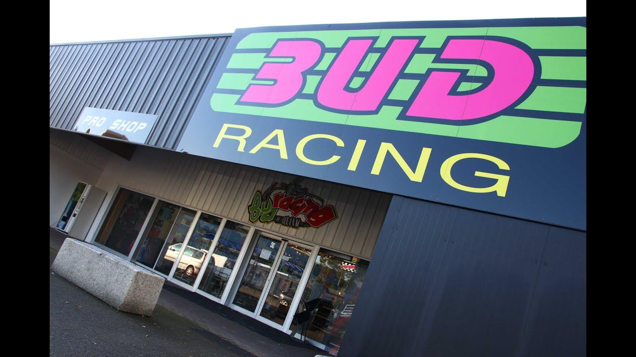 BUD RACING SHOP Visit