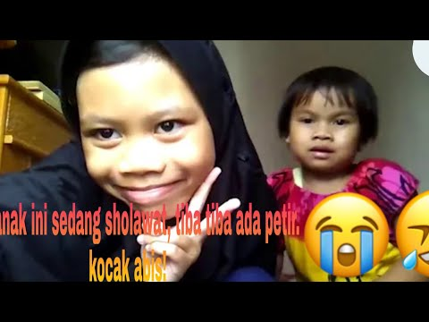 Viral!!  Anak Ini Sedang Sholawatan, Tiba Tiba Ada Petir,, Kocak Abiss!!!!!