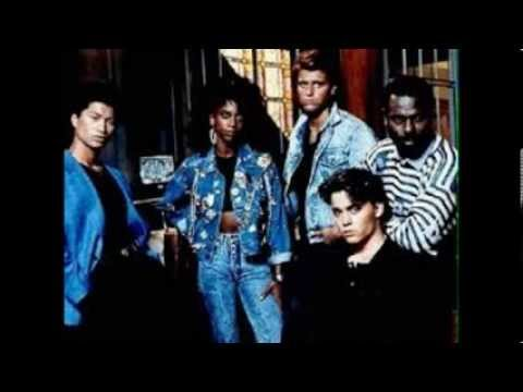 Holly Robinson - 21 Jump Street theme song