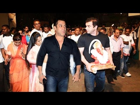 Salman Khan's Ganpati Visarjan 2016 -...