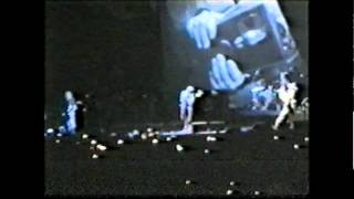 R.E.M. Strange Currencies live @ Stadio Cabali, Catania, Italy 1995