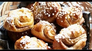 Korvapuustit / Finnish Cinnamon Rolls