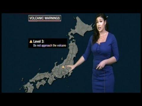 """BEWARE OF LARGE FLYING ROCKS"" Volcano Erupts Injuring 16 At Ski Resort North Of Tokyo"