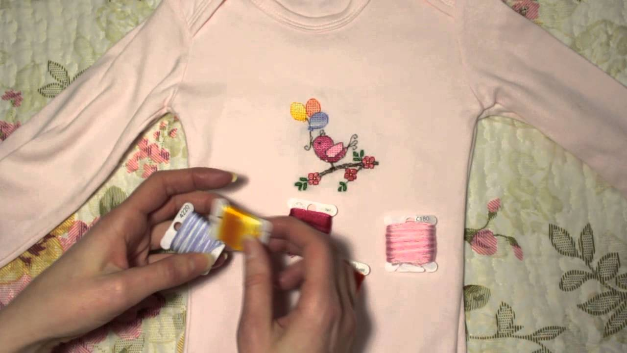 Вышивка по вязаной детской одежде
