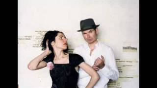 Pj Harvey & John Parish - Leaving California
