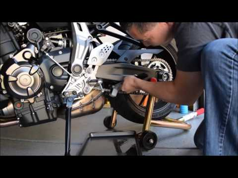 FZ-07 Chain Cleaning & Lube - The ForwardMotion Way