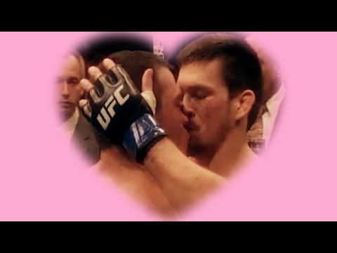 MMA Fighters Caught Kissing!из YouTube · Длительность: 1 мин52 с