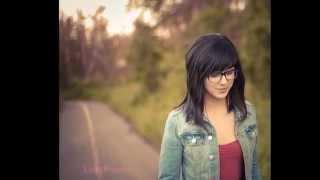 [Sub Esp] River of gold - Daniela Andrade (Original)