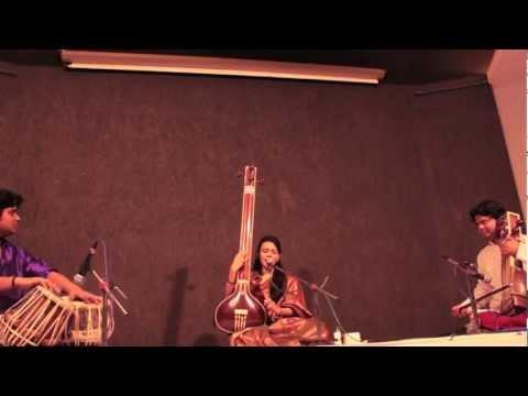 "Nirali Kartik - ""Ja Ja Re"" Live"