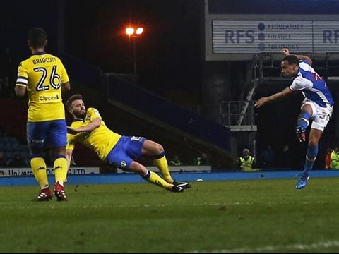 Highlights: Blackburn Rovers 1 Leeds United 2