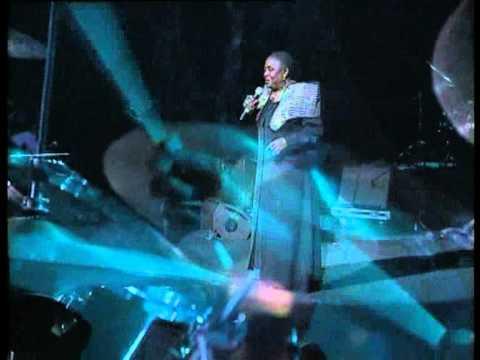 Miriam Makeba - Liwa Wechi (Live At The Cape Town International Jazz Festival 2006)