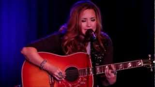 Demi Lovato- Catch Me/ Dont Forget  (Live) [Acoustic]